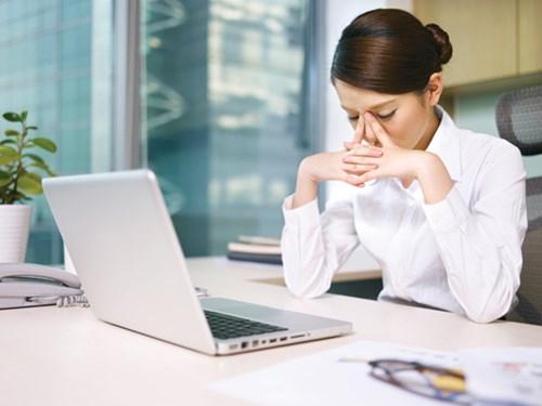 Những hệ lụy từ việc làm việc quá sức