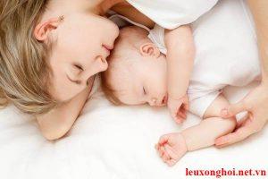 Những quan niệm sai lầm về sinh con ở cữ